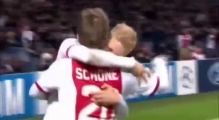 Ajax vs Celtic 1-0 - Schone Amazing Team Goal - Champions League HD - 6.11.2013